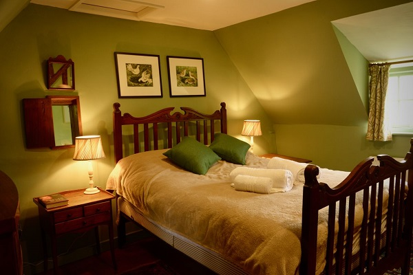 Pond Cottage bedroom