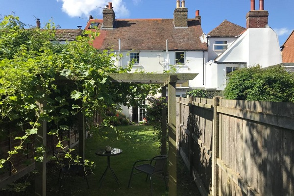 Writers Cottage Deal Kent